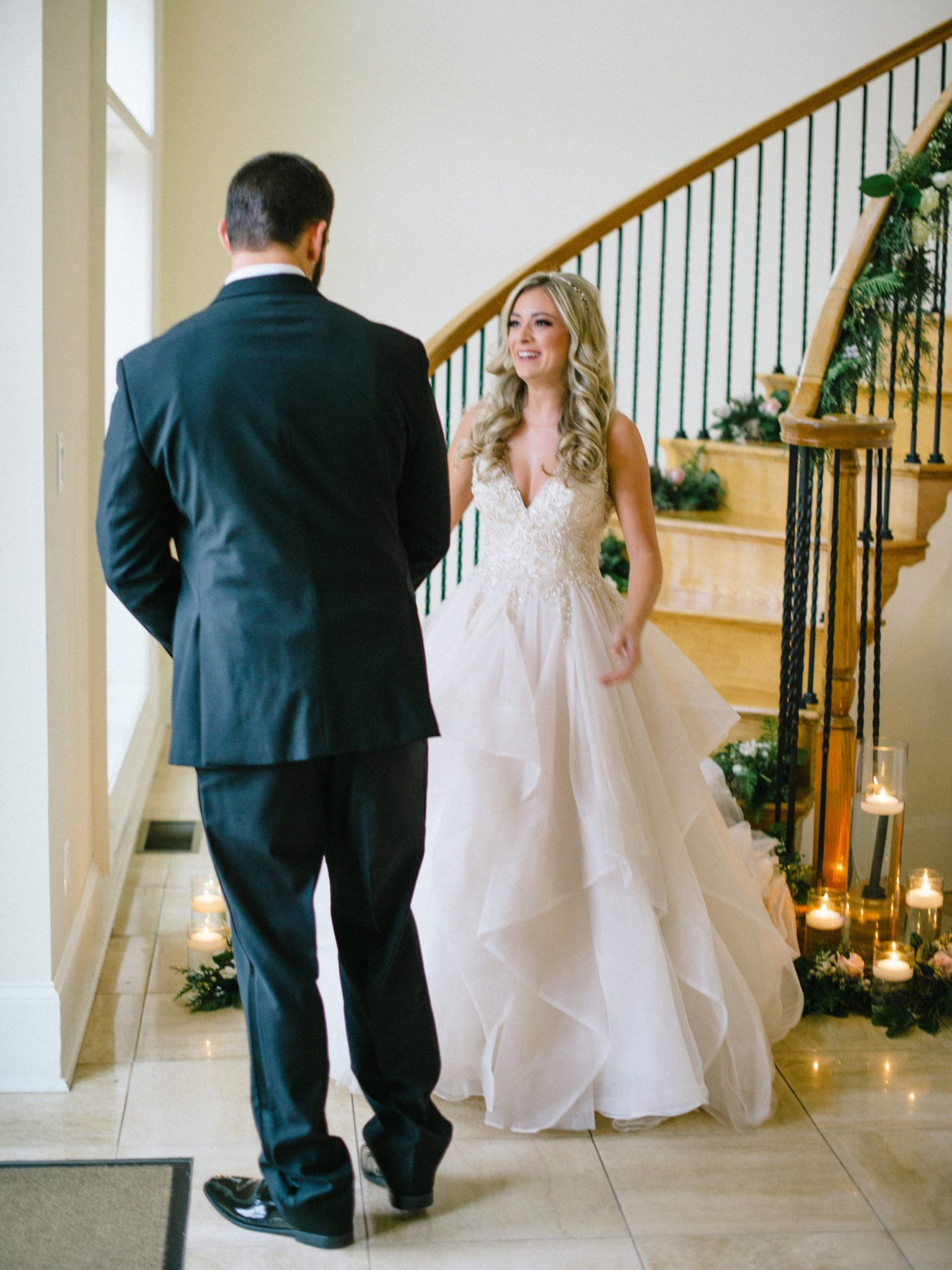 KimStockwellAshleyandMattMoraisVIneyardWedding147 Winter Weddings - A Snow Fairy Tale