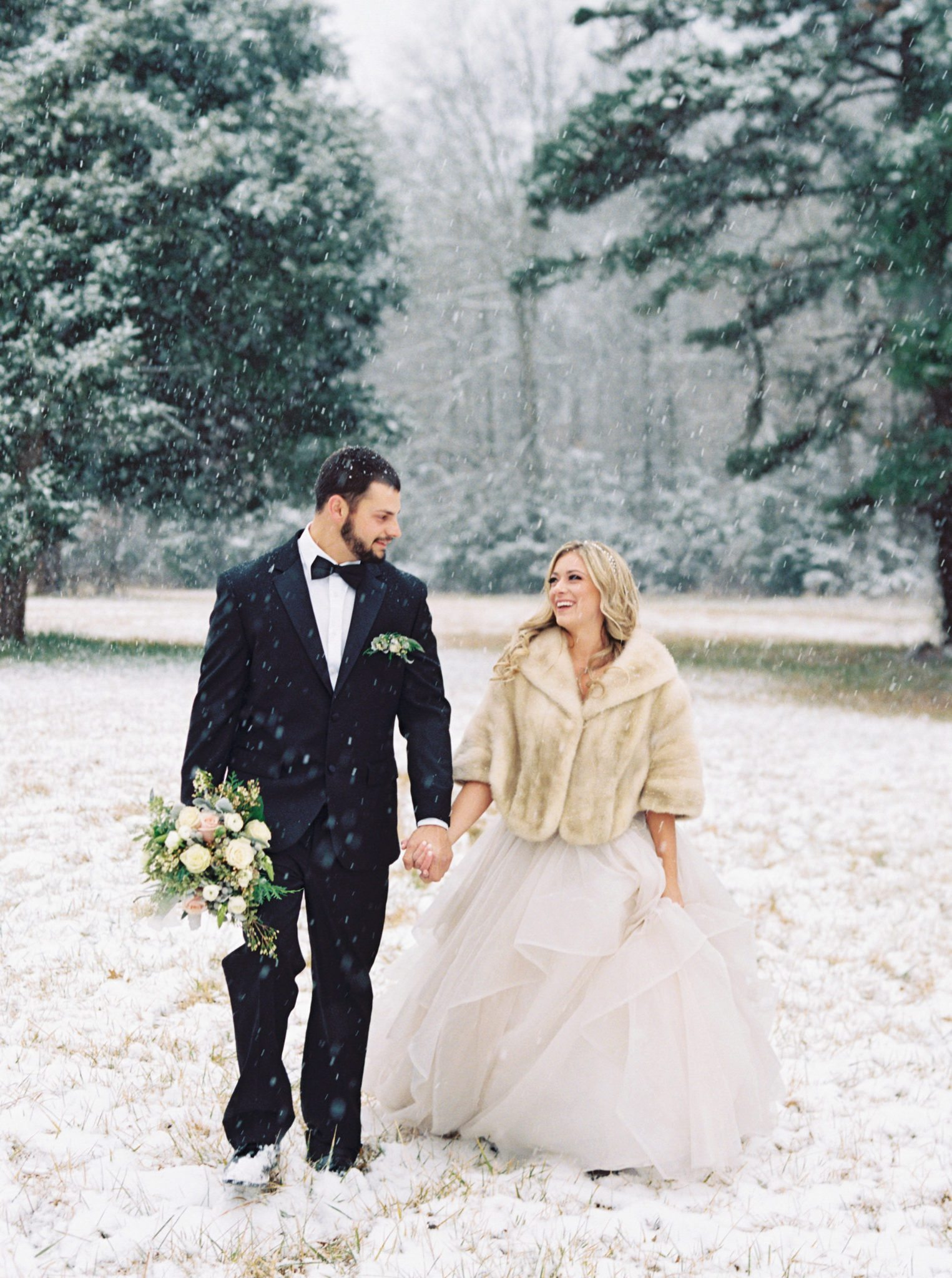 KimStockwellAshleyandMattMoraisVIneyardWedding178 Winter Weddings - A Snow Fairy Tale