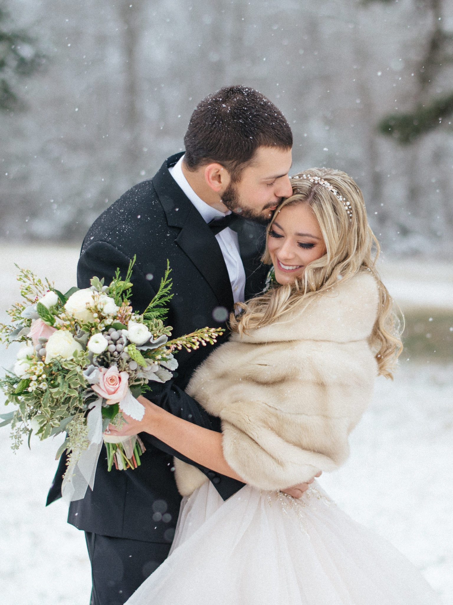 KimStockwellAshleyandMattMoraisVIneyardWedding214 Winter Weddings - A Snow Fairy Tale