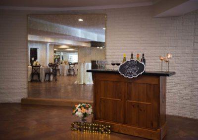 morais-vinyards-and-winery-weddings-and-events-redondo-room-RedondoRoom-TJBStudios-4-400x284 Redondo Room