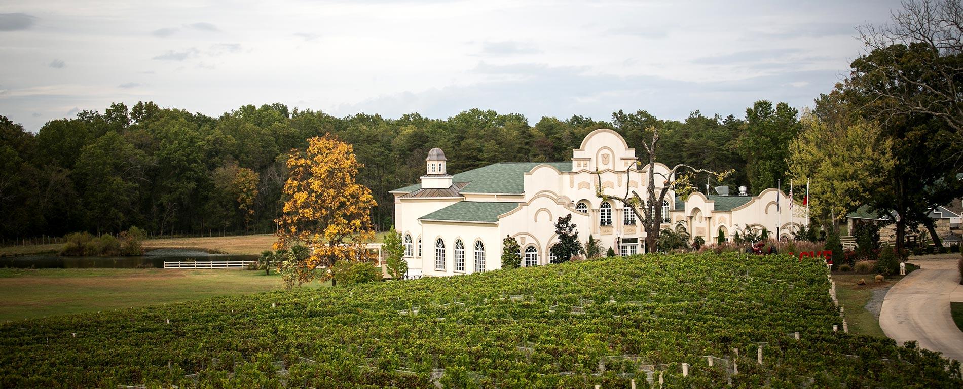 moraisvinyards-home-slider-the-winery-outside Home